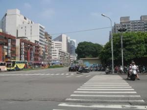 台中市内を歩く