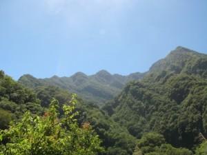 遠くの山がクッキリ
